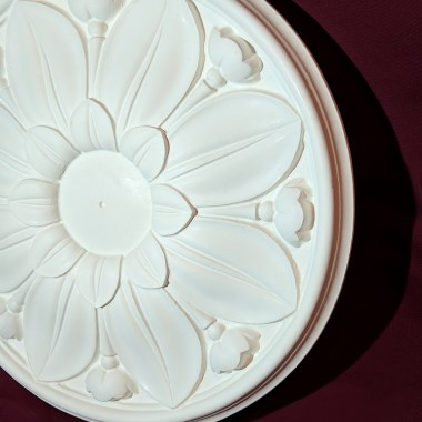 400mm plaster ceiling rose - Leaf and flower design